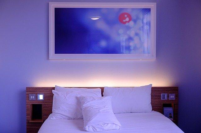 Poduszki dekoracyjne do domu - zakupy przez Internet